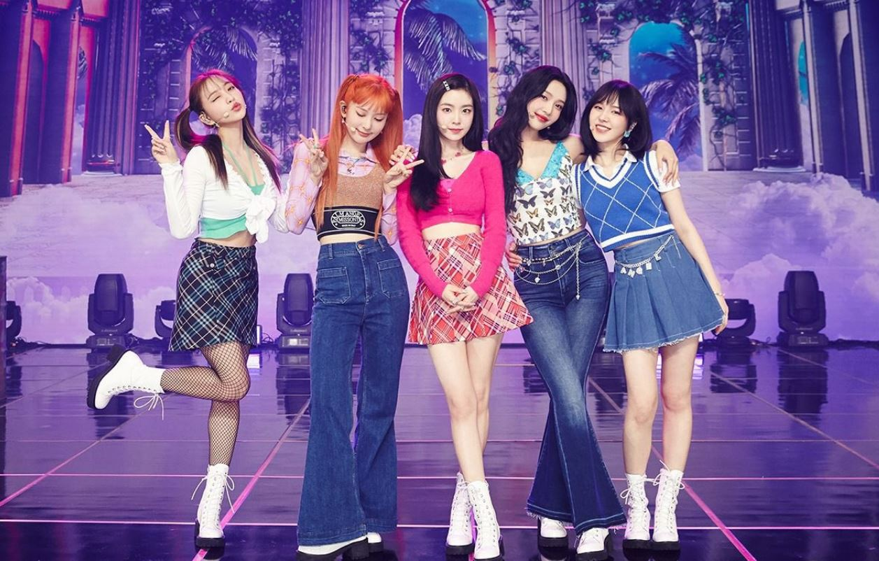 "Red Velvet makes spectacular comeback with ""Queendom"""