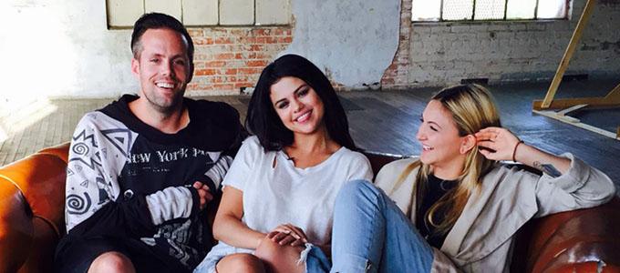 Julia Michaels revela que ya no escribe para Selena Gomez
