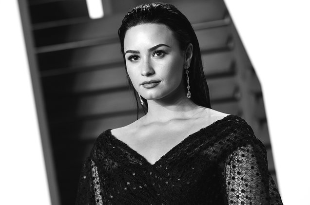 Demi Lovato responde criticas via Twiiter