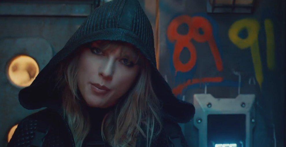 """Mensajes ocultos en el vídeo de """"...Ready For It?"""" por Taylor Swift"""