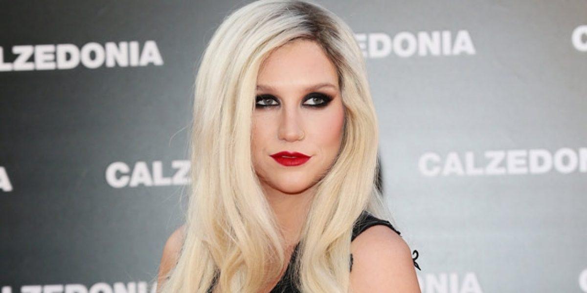 Kesha apoya a las mujeres que comparten historias de acoso y abuso sexual
