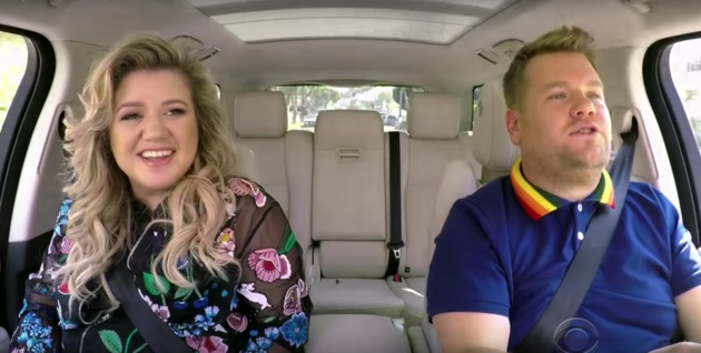 Kelly Clarkson y James Corden en el nuevo episodio de 'Carpool Karaoke'