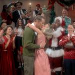 """Kristen Bell, Dax Shepard & más en el vídeo """"Santa's Coming For Us"""" de Sia"""