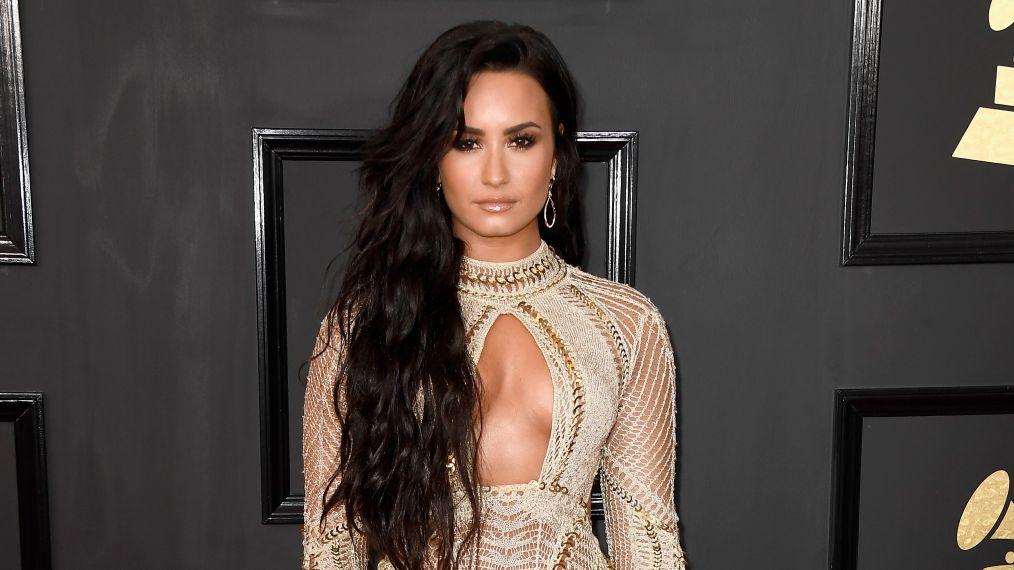 Demi Lovato da consejos de amor y habla de sus relaciones pasadas