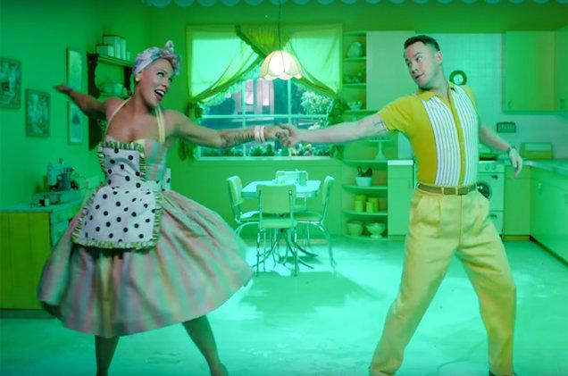 "Pink revelo el vídeo musical de ""Beautiful Trauma"""