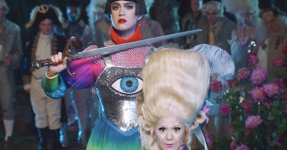 """Katy Perry lanzó el vídeo oficial de """"Hey Hey Hey"""""""