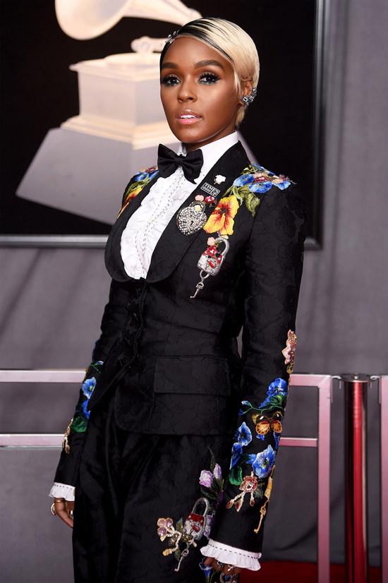 Los mejores y peores vestidos en los Grammys 2018