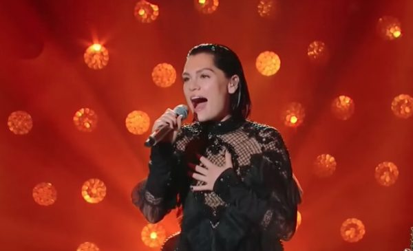"Jessie J arrasa en programa de TV con ""Killing Me Softly with His Song"""