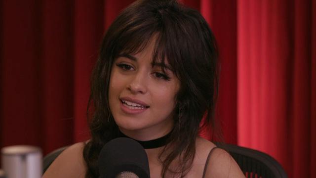 Insultan a Camila Cabello en programa de radio
