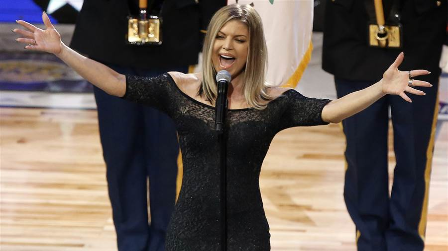 Fergie justifica su terrible interpretación del Himno Nacional