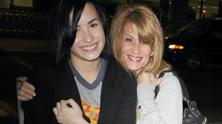 La mamá de Demi Lovato revela que temió que su hija se suicidara