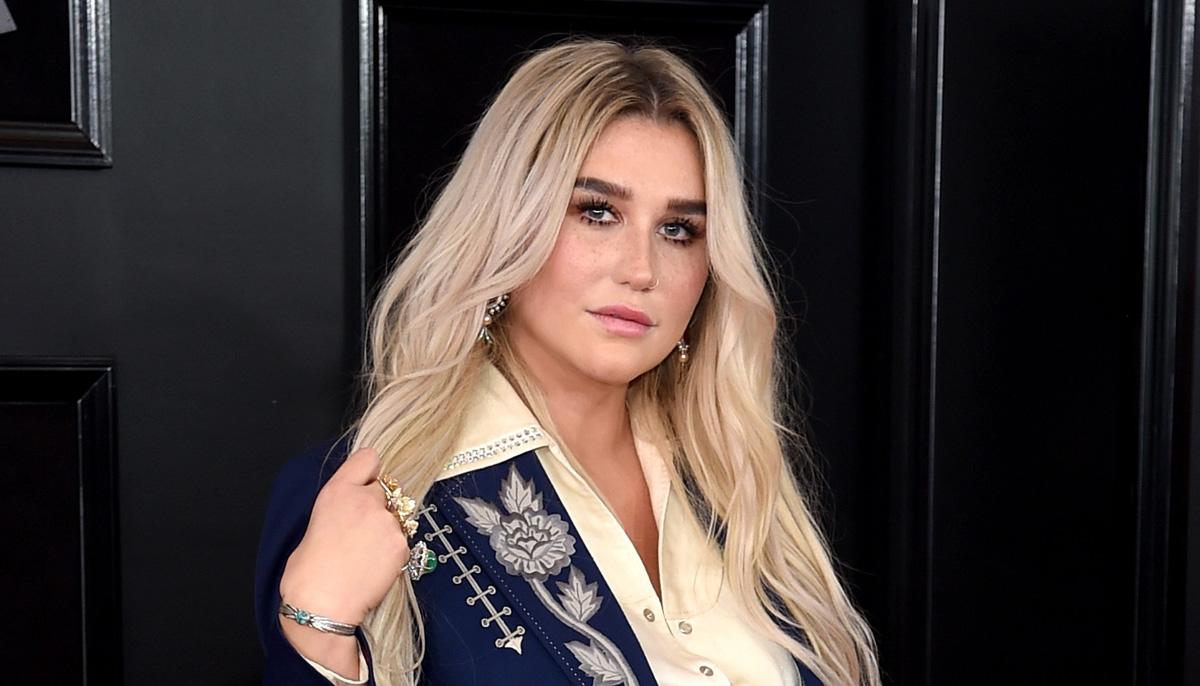 Kesha revela fragmento de una nueva canción