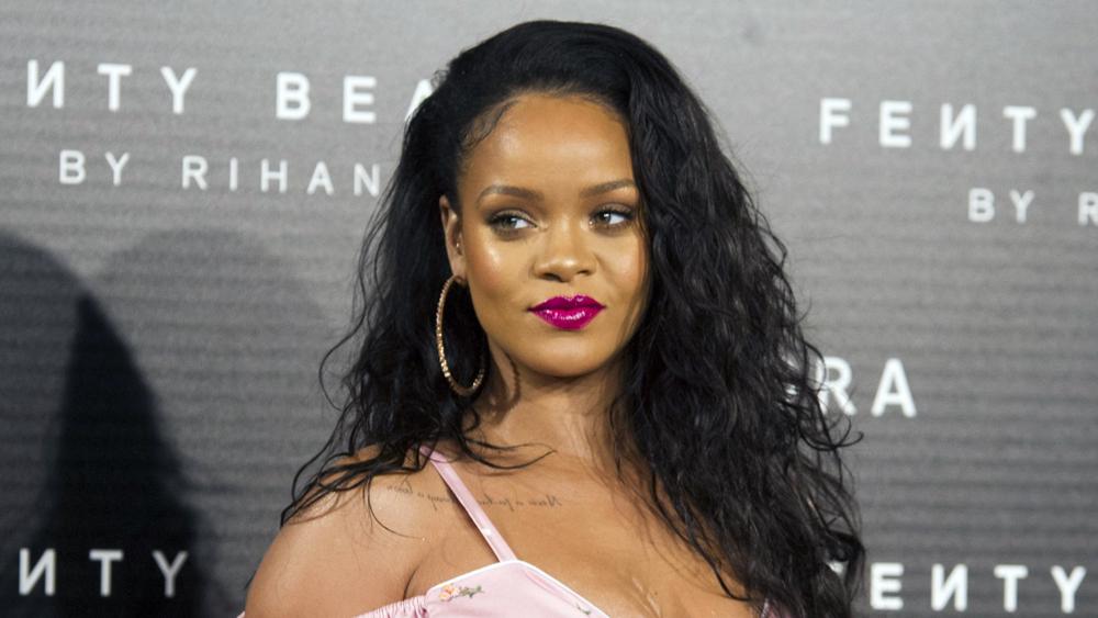 Acciones de Snapchat caen luego de que Rihanna arremetiera contra la aplicación