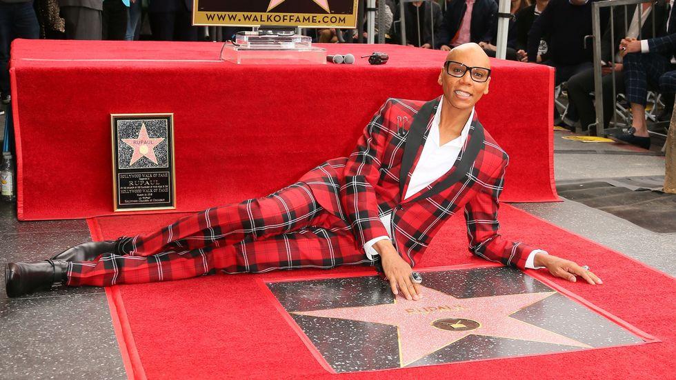 RuPaul hace historia al recibir una estrella en el Paseo de La Fama de Hollywood