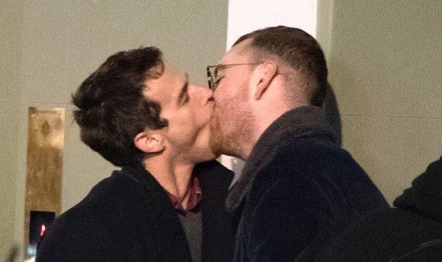 Sam Smith habla por primera vez del extraño beso con su novio Brandon Flynn