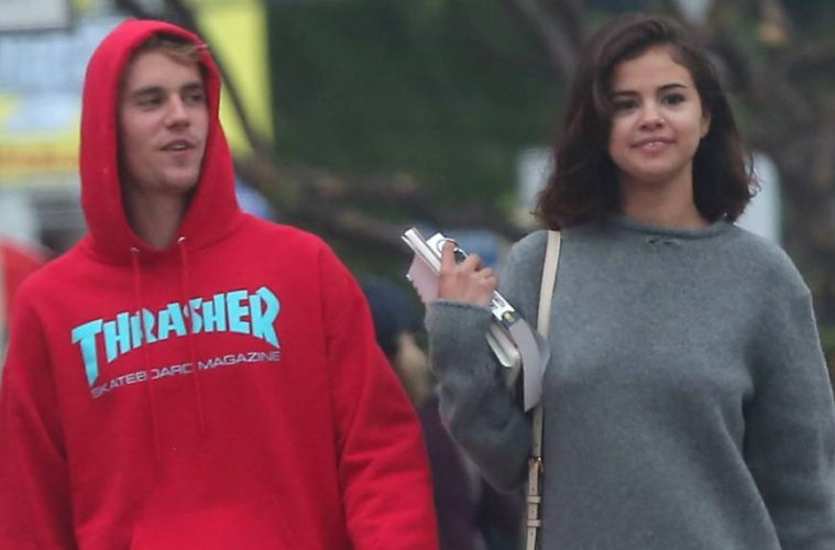 """Selena Gomez y Justin Bieber no están listos para tener una """"relación seria"""""""
