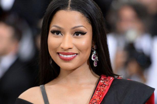 Nicki Minaj arremetió contra hater que ofendió a sus fans
