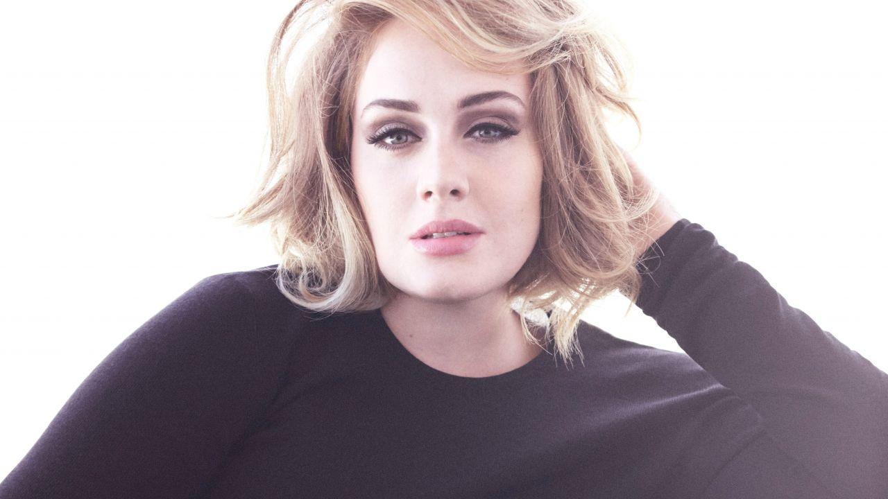 Medio británico revela cuando Adele lanzará su próximo álbum