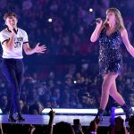 Taylor Swift y Niall Horan cantan juntos en concierto del 'Reputation Tour'