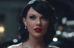 Las terribles pelucas que Taylor Swift ha usado en vídeos musicales