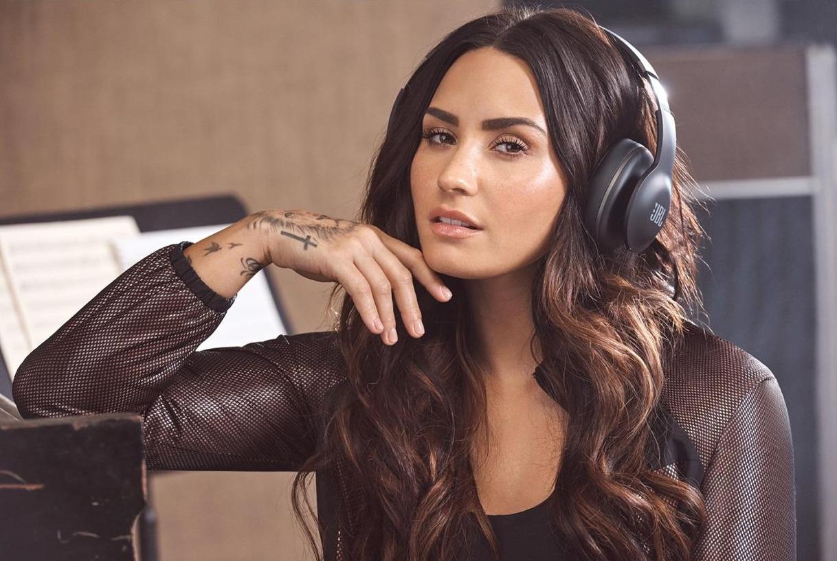 Demi Lovato registró nueva canción con productores de grandes éxitos