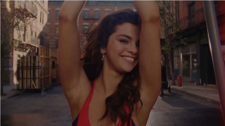 Selena Gomez estrena nuevo comercial de televisión