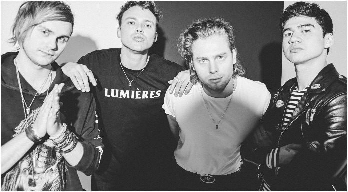 "5 Seconds of Summer lanzó el vídeo musical de ""Youngblood"""