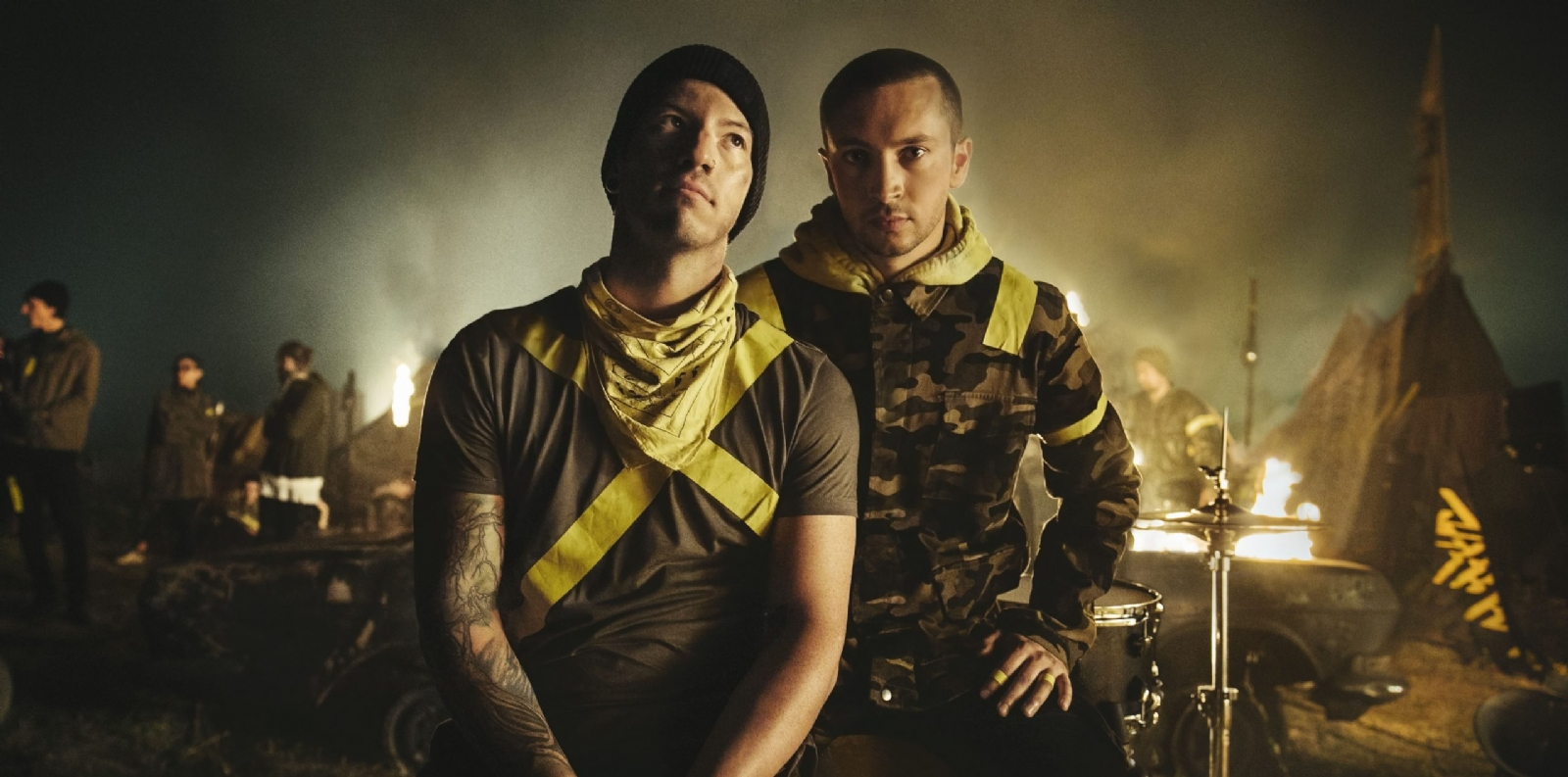 Twenty One Pilots Levitate video