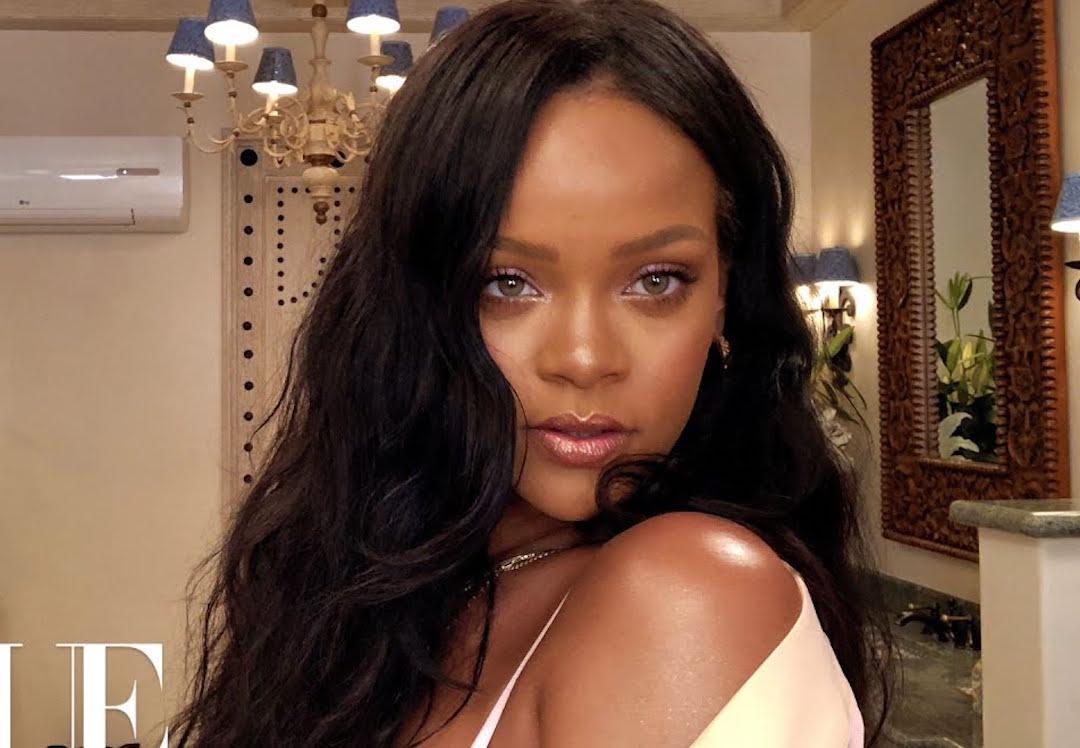 Rihanna publicó su primer tutorial de maquillaje en YouTube
