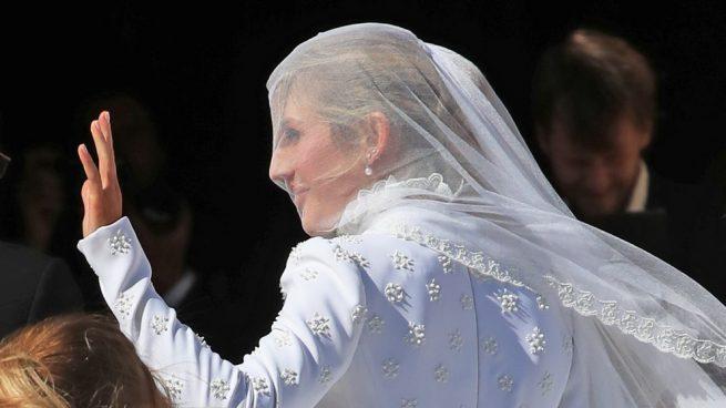 Ellie Goulding cumple el sueño de su vida y se casa como toda una princesa