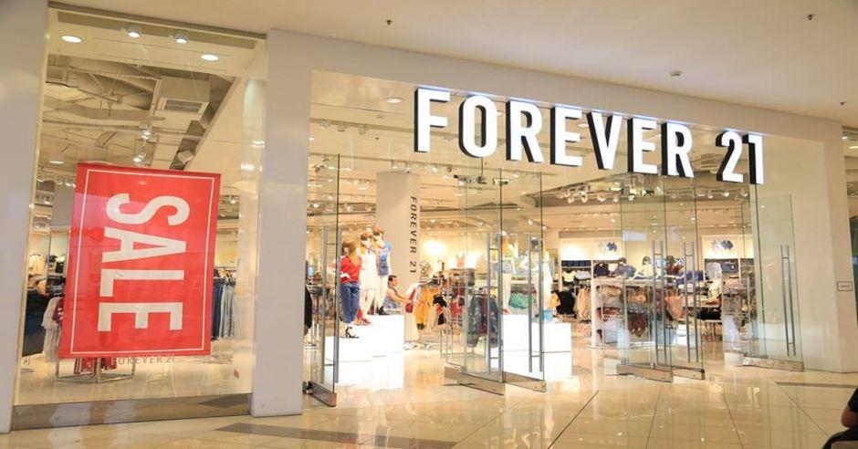 Forever 21 se declara en bancarrota y cerrará más de 300 tiendas a nivel mundial