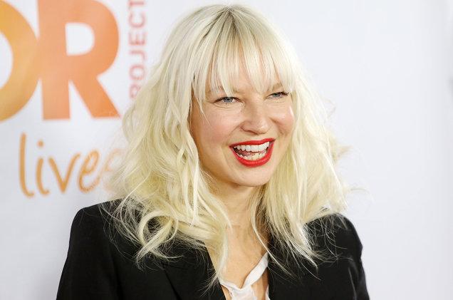 Sia ha revelado que sufre de una rara enfermedad neurológica