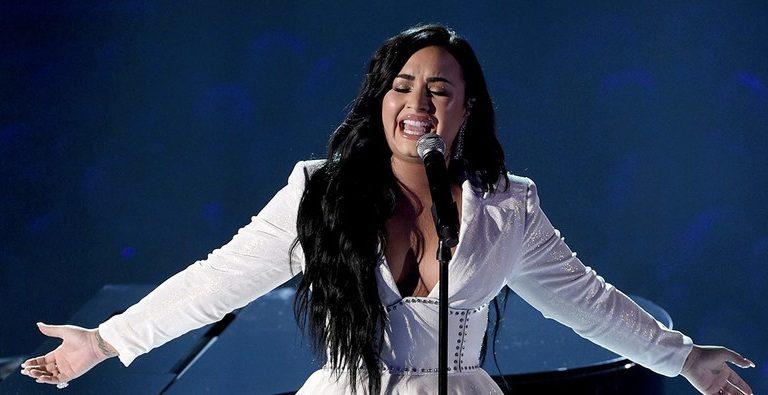 Demi Lovato pone a llorar a todos con 'Anyone', su gran regreso a la música