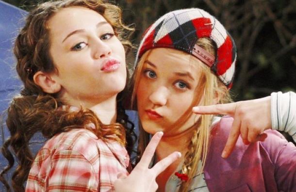 Hannah Montana y Lilly se vuelven a reunir después de muchos años