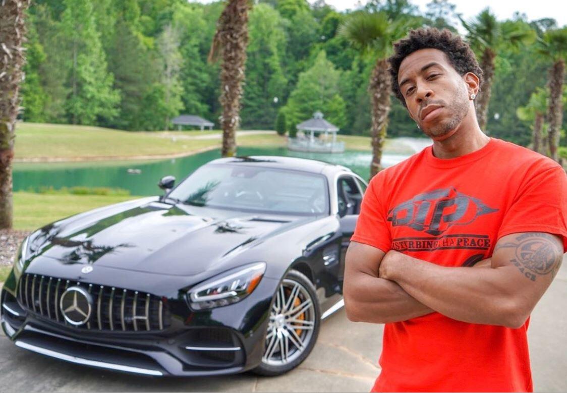 Ludacris dejó su auto encendido mientras hacía una parada rápida y se lo robaron en las calles de Atlanta