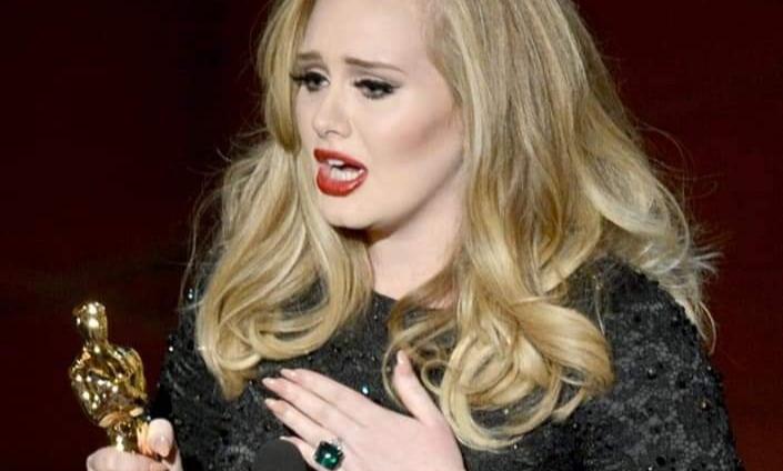Adele se prepara para debutar en el cine durante el año 2022, reporta Daily Mail