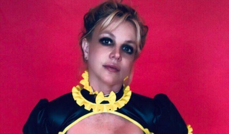 Britney Spears más libre que nunca se lo quita todo en redes sociales