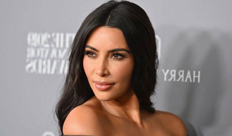Kim Kardashian sobre su primer embarazo; 'Me sentaba en casa y lloraba todo el tiempo'