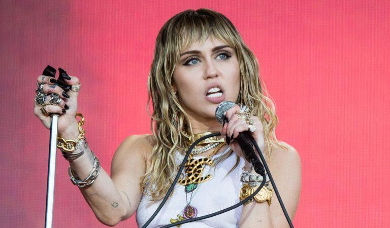 Miley Cyrus es cancelada tras ofrecerle un dialogo a DaBaby para 'aprender unos de otros'