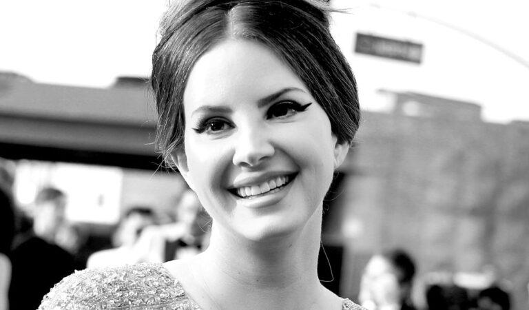 Lana Del Rey anuncia que desactivará sus redes sociales