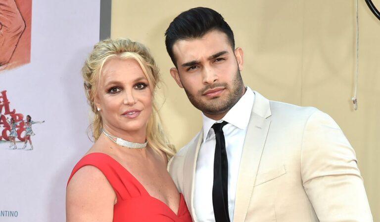 Novio de Britney Spears responde a seguidores que exigen acuerdo prenupcial tras compromiso